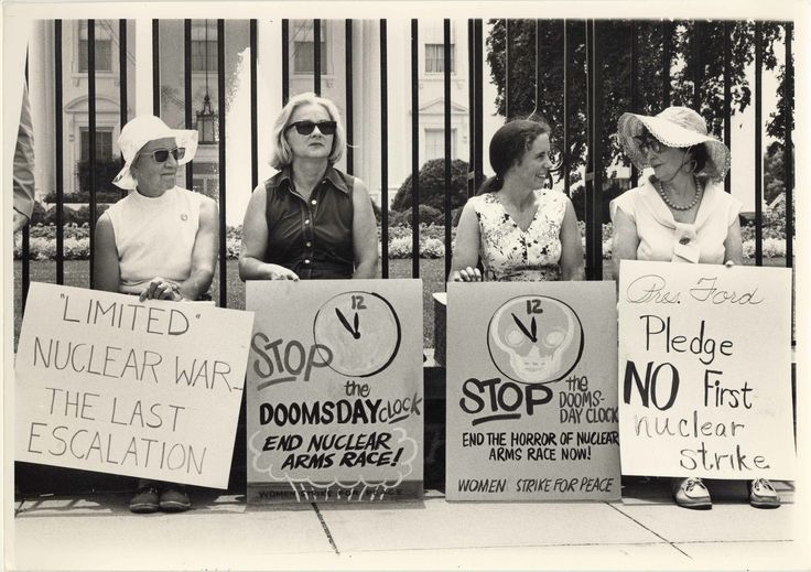Dorothy Marder's photography of Women Strike for Peace