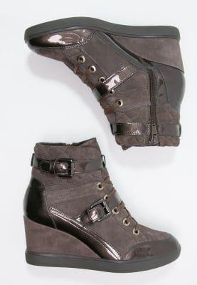 Pedir Geox ELENI - Zapatillas altas - light brown por 139,95 € (17/10/16) en Zalando.es, con gastos de envío gratuitos.
