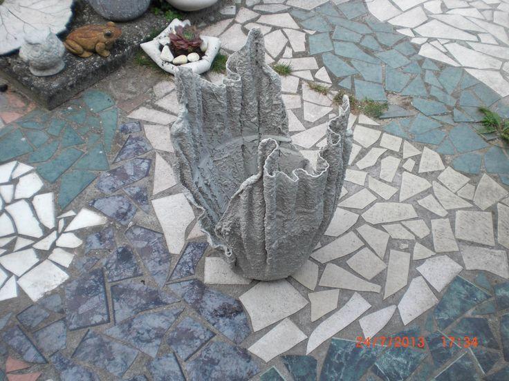 Beton giessen - Blumenkübel aus betongetränkten Tüchern / allgemeine Var...