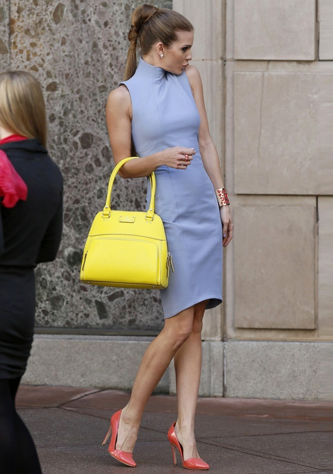 Classic blue + yellow bag + coral shoes