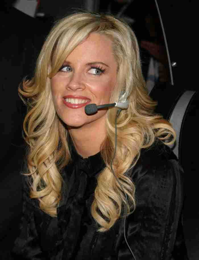 Jenny McCarthy pens 'love letter' to husband Donnie Wahlberg  #PaulaAbdul #JennyMcCarthy #DonnieWahlberg