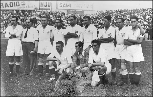 EQUIPOS DE FÚTBOL: SEVILLA contra Sabadell 30/06/1935 Campeón de Copa