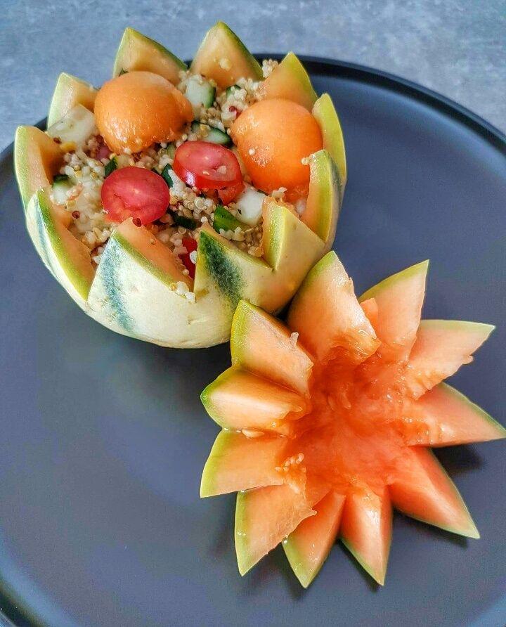 Salade de quinoa au melon, concombre et menthe