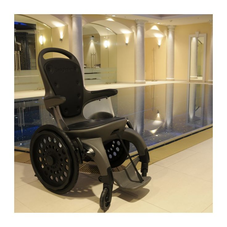 17 best ideas about fauteuil roulant on salle