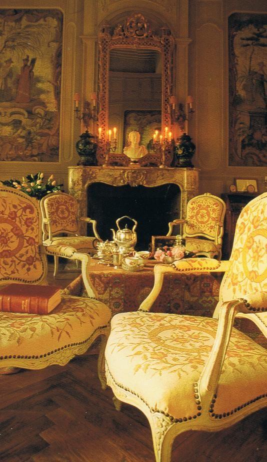 Grimaldi palace in Monaco. French salon. Bringing it Home France    Cheryl MacLauchlan