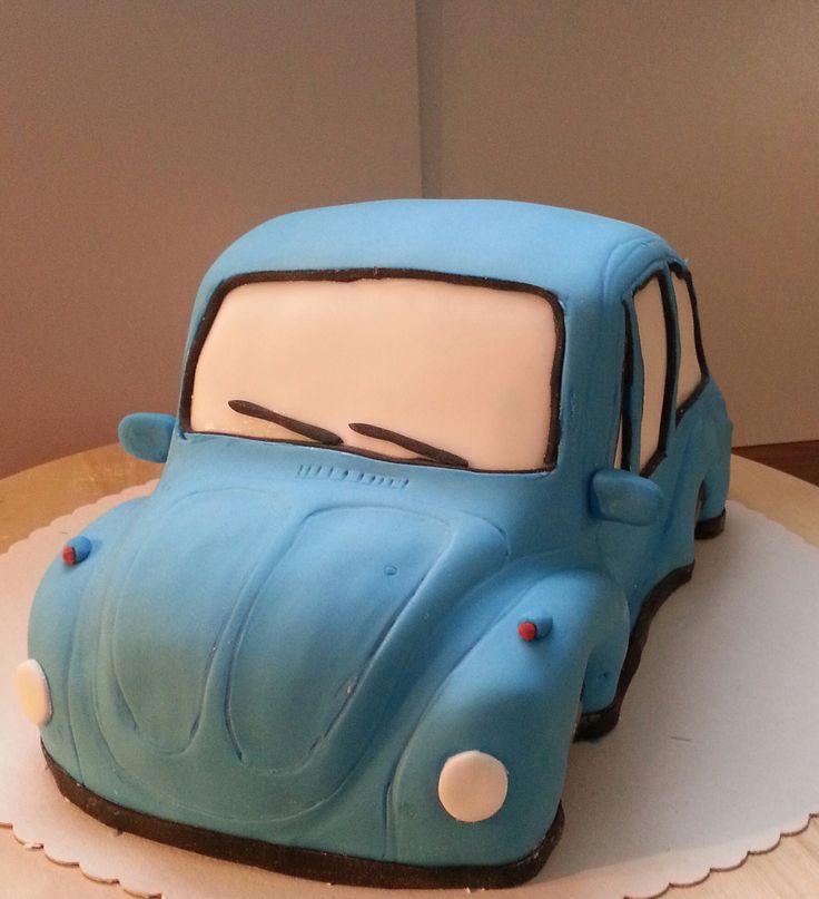 Auto Torte Anleitung mit Fondant mit Erdbeercreme und Sahnefüllung. Schritt für Schritt Anleitung mit zahlreichen Bildern - Hier mehr INFOS zur Torte