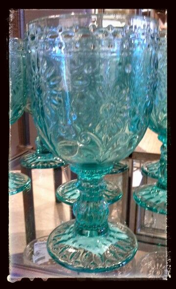 BOWRING High Street Abbotsford...Beautiful Summer Glass Goblets!