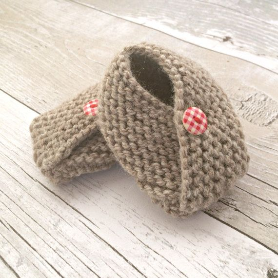 Beige Baby Booties, Hand Knitted Booties, Gender Neutral Baby Gift Ideas, Rustic Baby, Brown Crib Shoes, Knitted Baby Boy Shoes, 3-6 months