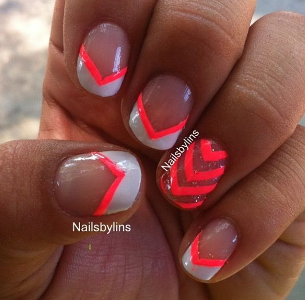 Hot Nail Designs: A Hot Pink Nail Design