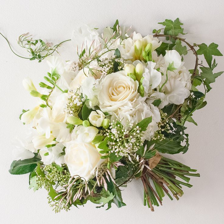 Les 25 meilleures id es de la cat gorie bouquet de freesia for Livraison plantes paris