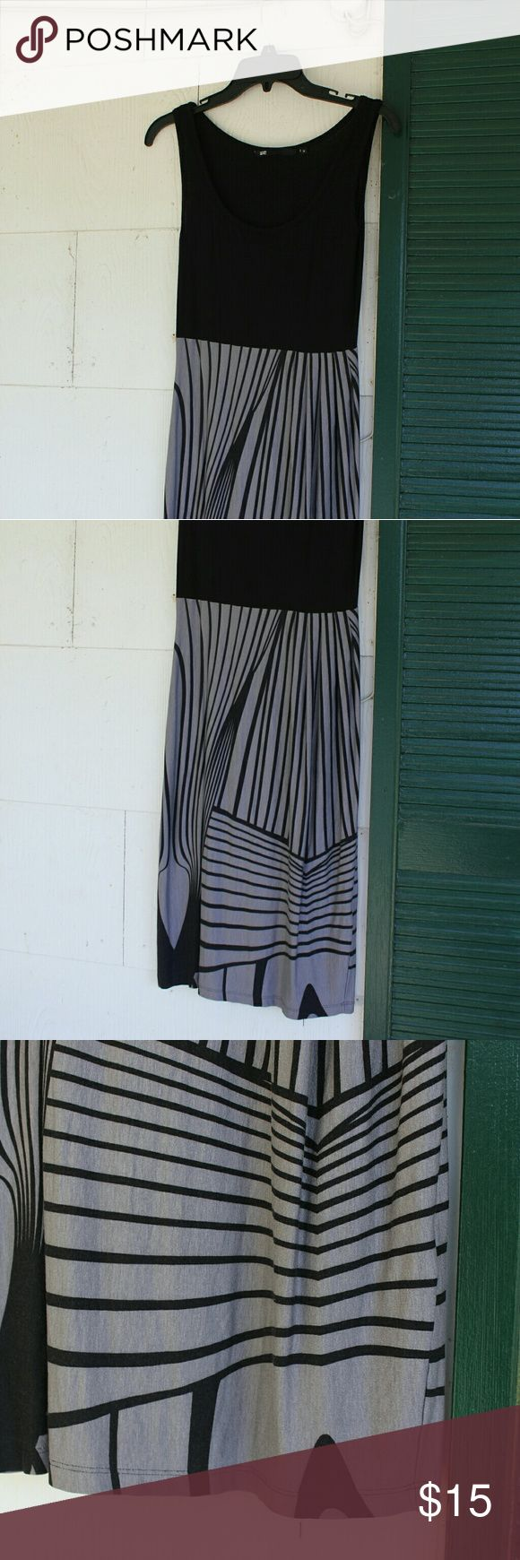 Over knee, black and gray dress Very flattering! (WE is a famous store all over Europe) WE Dresses Maxi