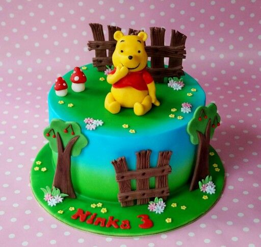 Die besten 25 kuchen winnie pooh ideen auf pinterest for Winnie pooh kuchen deko