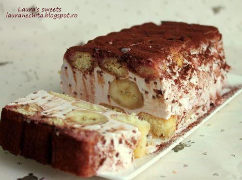 Prajitura rapida cu iaurt si banane!