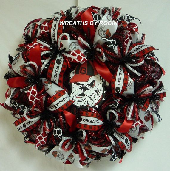 Georgia College Wreaths, Georgia Sports Wreaths, Bulldogs (1988)  --  WreathsByRobin on Etsy