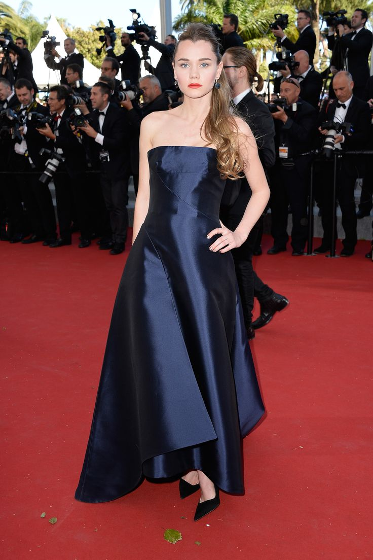 Imogen Waterhouse in Dior   - HarpersBAZAAR.com