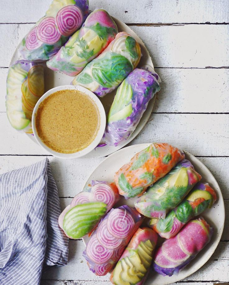 """letscookvegan: """"Psychedelic Salad Rolls by @erinireland 💖 Recipe: Ingredients Serves: 4 For the filling: 8 rice paper wraps 1 head purple cabbage 5 big carrots 1-2 avocados 1 candycane beet 1..."""
