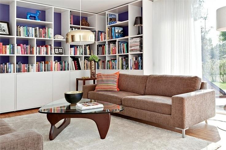 Platsbyggd bokhylla Books Pinterest Tv, Bibliotek och För hemmet