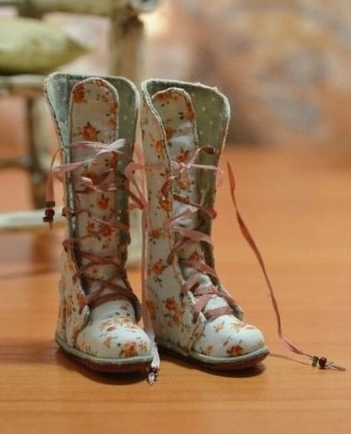 The most thorough BJD boot tutorial I've seen, you don't even need to know how to read Russian!