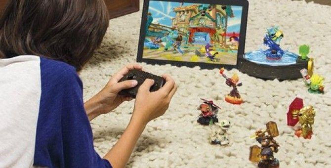 Skylanders Trap Team takes toy-enhanced game to tablets