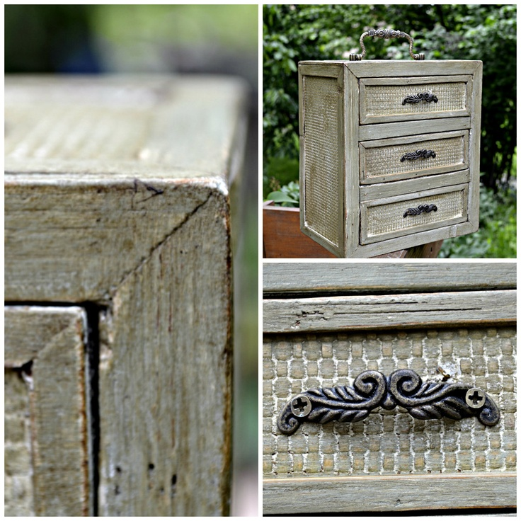 Jewelery box painted with Annie Sloan chalk paint
