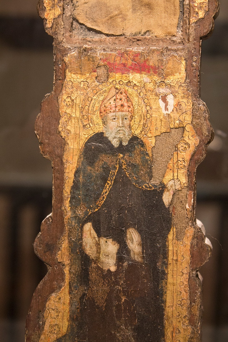 Croce-reliquiario del XIV secolo, particolare con San Nicola - Museo del Duomo di Guardiagrele
