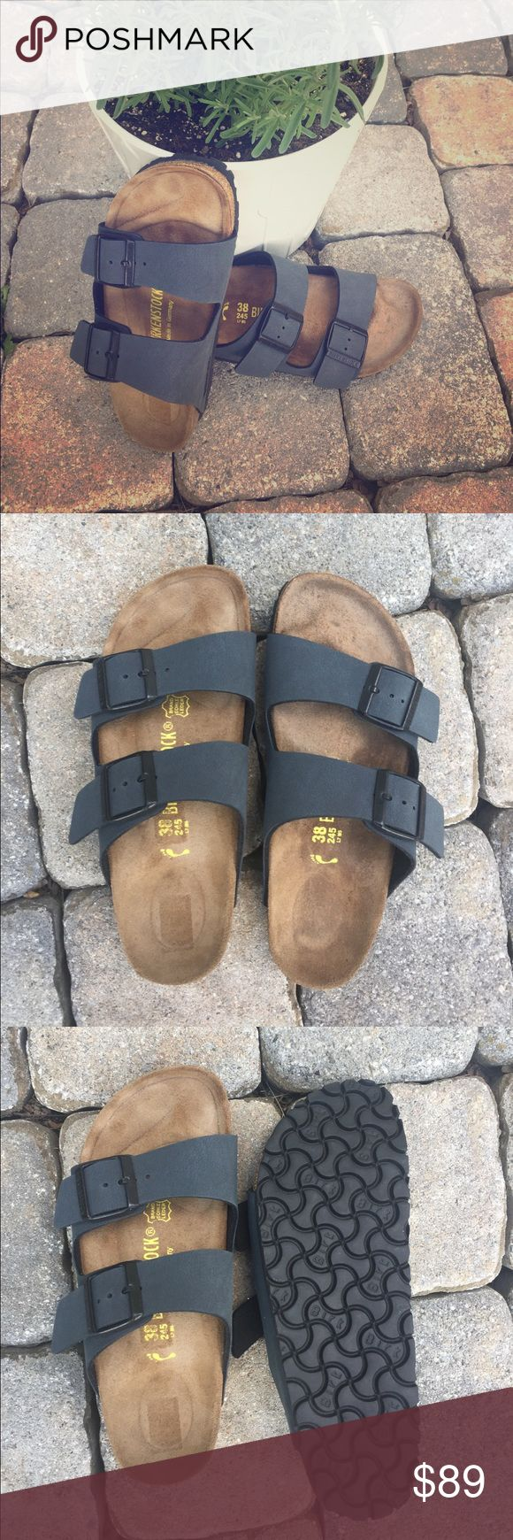 Arizona Birkenstock slippers Made in  Germany barely used Birkenstock slippers. With Birko Sole and classic footbed. Navy leather upper and leather insole, rubber sole. Barely worn, Sole does not show any wear, inside a little bit, see photos. Perfect for summer make me an offer!!!✅✅✅ Birkenstock Shoes Slippers