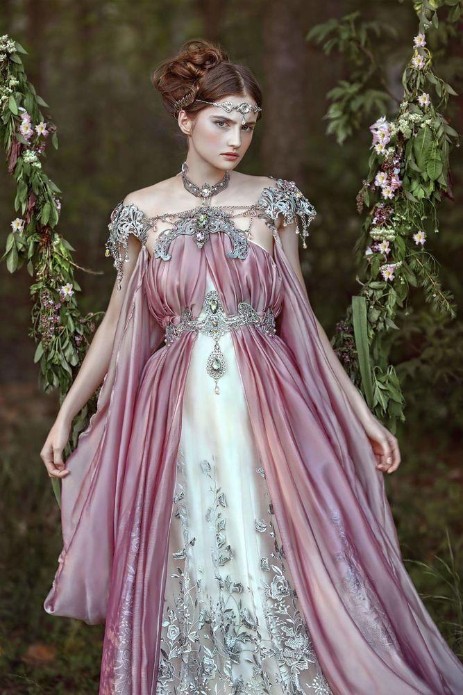 фантастические платья фото картинками можно украсить