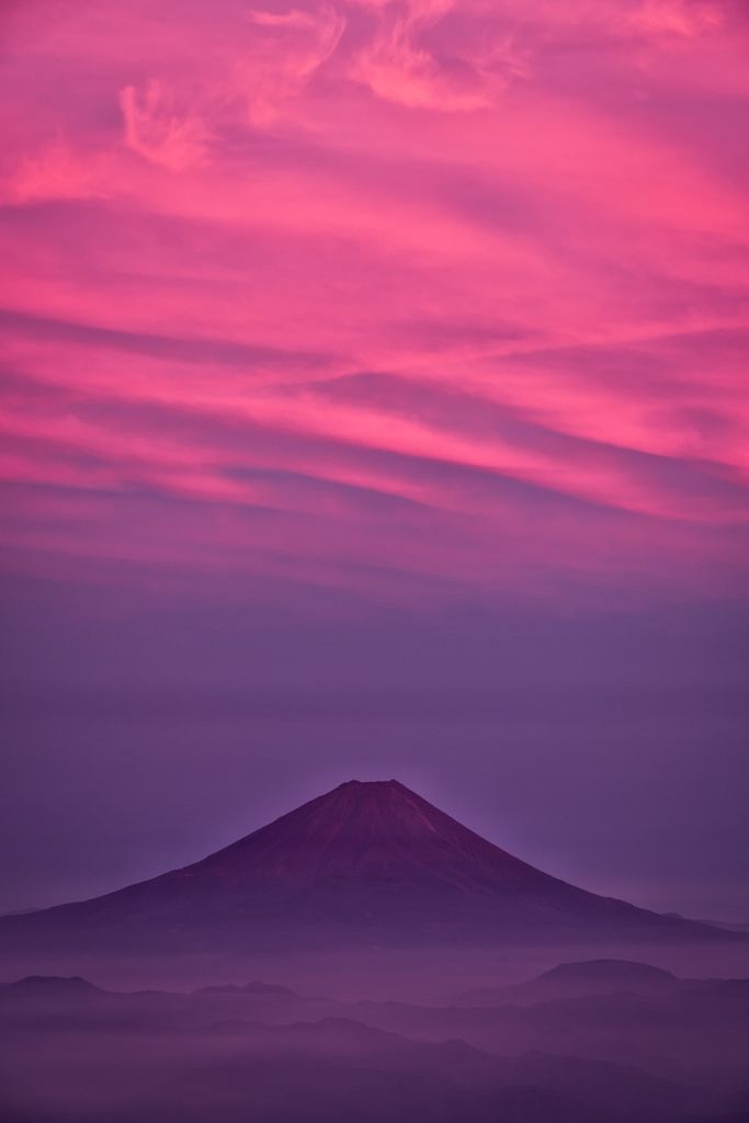 """ Mt Fuji, Japan. Unforgettable Flame (by Yuga Kurita) """