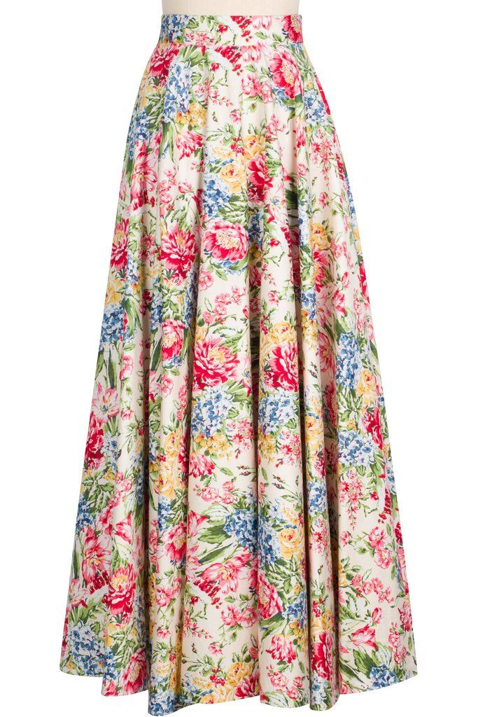 Make a statement in the Grand Ball Skirt! The high-waist silhouette and contour waistband nods to vintage with a charming floral print that feels completely of the moment. Full of volume, this becomin