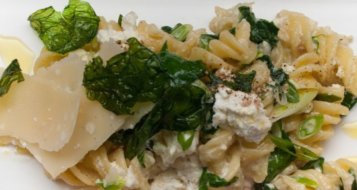Fusilli with Spinach and Ricotta - Italian http://gustotv.com/recipes/lunch/fusilli-spinach-ricotta/