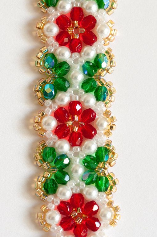 Beadwoven Flower Seed Bead Bracelet in Ruby by KKbraceletsandmore