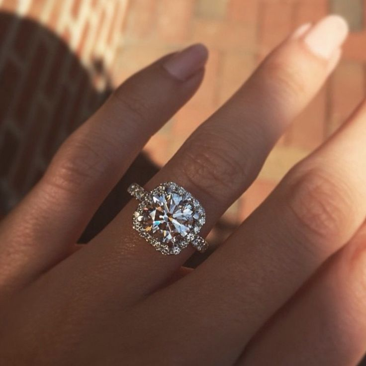 lustrelux wedding ring. diamonds are forever hope to get one like this day ☺ #diamond # lustrelux wedding ring