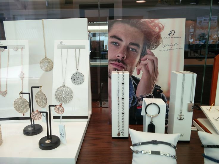 Iταλικά κοσμήματα LUCA BARRA στο κοσμηματοπωλείο μας στο Χαλάνδρι http://tsaldaris.gr