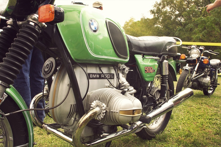 Green BMW R90/6 at the Harvest Classic Bike Show