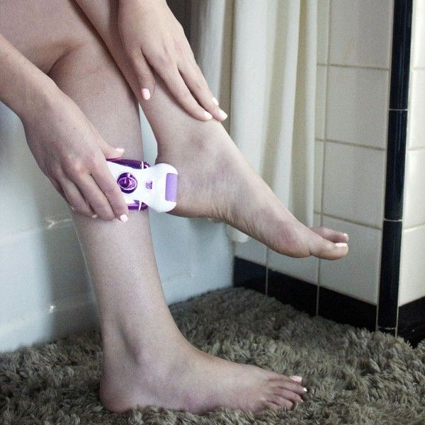 How To Remove Calluses From Feet At Home http://www.buynowsignal.com/callus-remover/how-to-remove-calluses-from-feet-at-home/