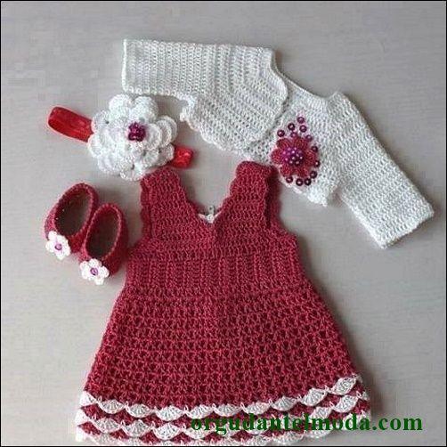 sıfır-kollu-pembe-beyaz-örgü-bebek-elbise-ve-bolerosu