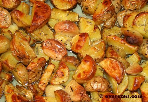 Nigella's Italiaanse aardappeltjes uit de oven - OverEten.com