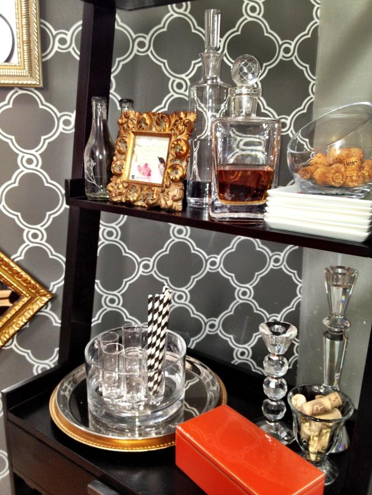 41 best black and white ii wallpaper collection images on pinterest wallpaper patterns. Black Bedroom Furniture Sets. Home Design Ideas