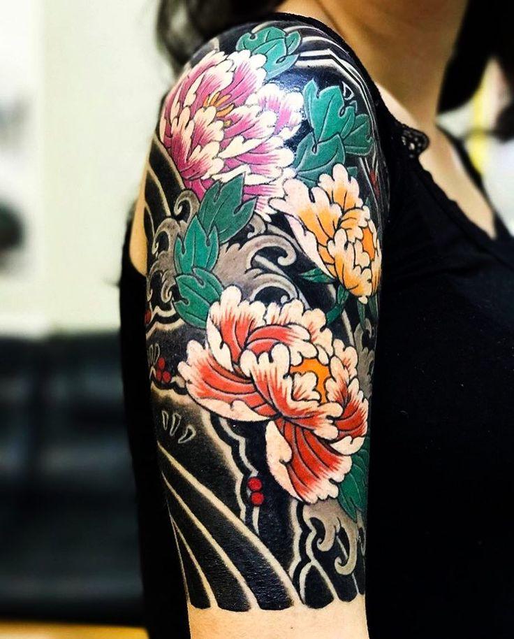 "3,229 Likes, 12 Comments - Japanese Ink (@japanese.ink) on Instagram: ""Japanese half-sleeve tattoo by @horimitsu. #japaneseink #japanesetattoo #irezumi #tebori…"""