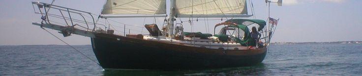 Choosing a Liveaboard Boat | Sleeping With Oars!