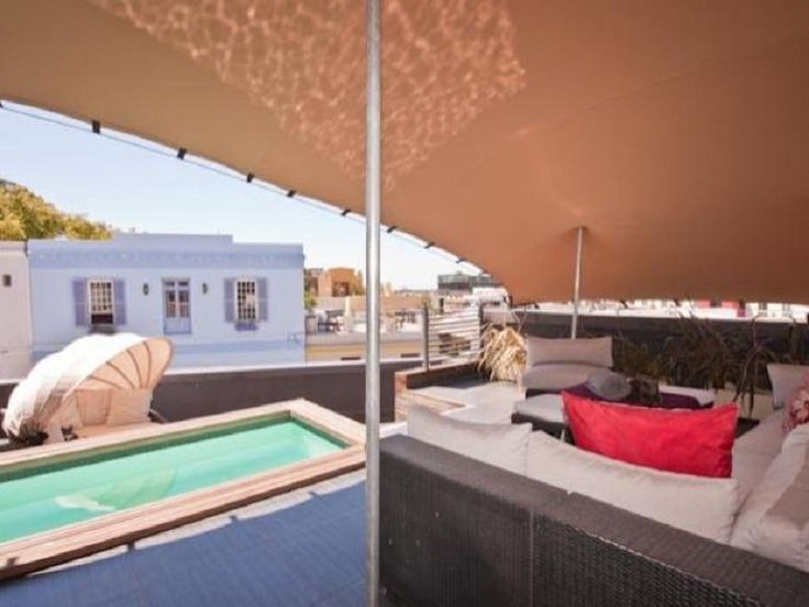 One of the best properties in De Waterkant. This home of superior quality has so much to offer to the property connoisseur. There are exclusive feautures throughout this 3 level home. The 3 bedrooms, 3 bathrooms and 2 spacious lounges are ideal for entertaining guests and the kitchen with integrated appliances and colourful lighting makes cooking a pleasure. The third floor consists of the main living room and a roof deck with plunge pool.