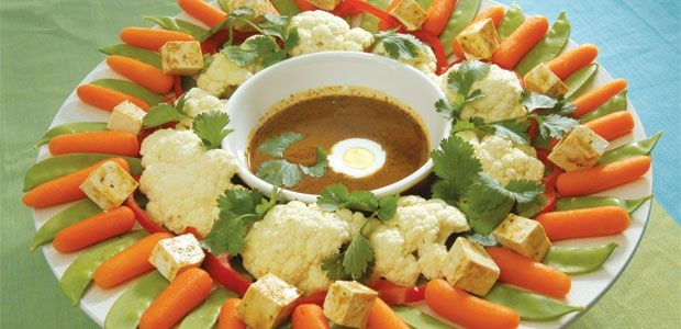 Indonesian Garden Salad with Peanut Satay Sauce Recipe | alive
