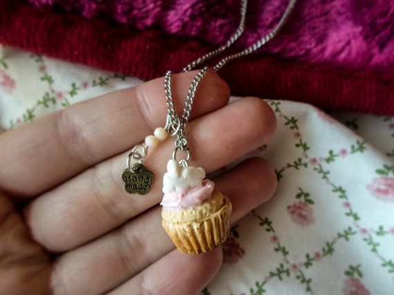 Material : polymer clay, metal chain Chain length : approx. 30 cm   The charm is 100% handmade by me, sculpted using polymer clay.    If you