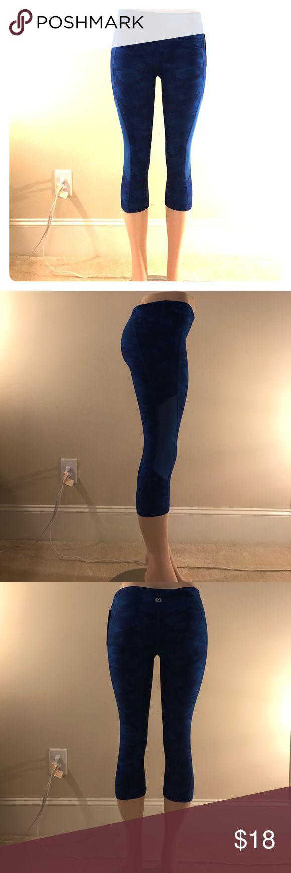 NWT Scorpio Soul blue camo yoga pants Blue camo, just below the knee yoga pants with optimum stretch and moisture management Scorpio Sol Pants Leggings