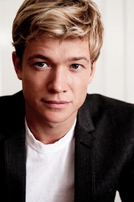 Ed Speleers Talks With ATLX About Running In The London Marathon This Sunday.