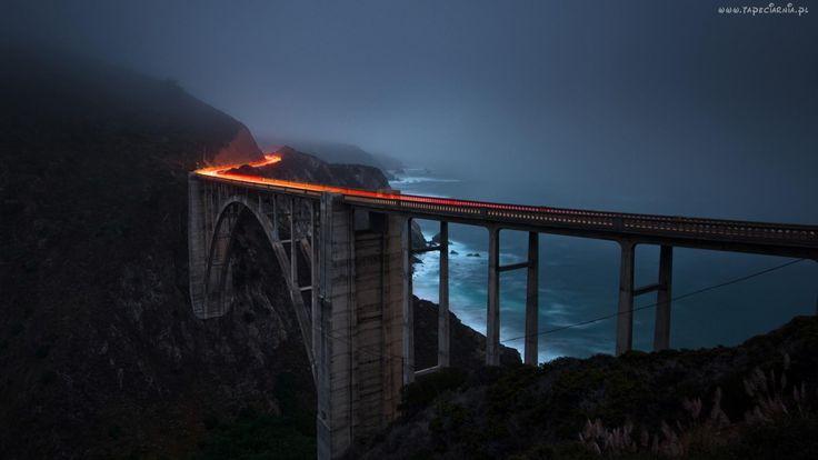 Most, Morze, Góry
