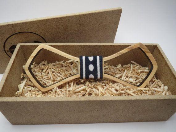 Bois noeud papillon / Easy souffle / Mens accessoires / cravate hommes / 100 % main faite / meilleur cadeau personnel