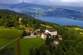 Interested in Zurich international school? Institut Montana Zugerberg is a Swiss and international boarding school, with 300 students.  http://best-boarding-schools.net/school/institute-montana@-zug,-switzerland-263