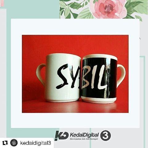 #kedaidigital #merchandise #mug#mugdigital #mugfoto #souvenirmug#mugsatuan #souvenir#souvenirmurahjogja#souvenirpernikahan#merchandisegakadamatinya