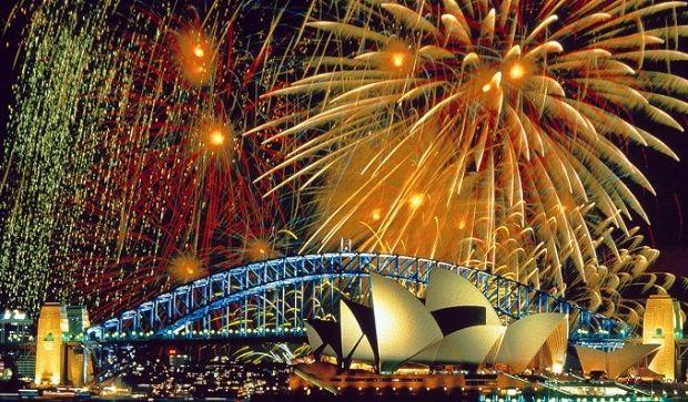 Nye Fireworks In Sydney New Years Eve Fireworks Fire Works Fireworks